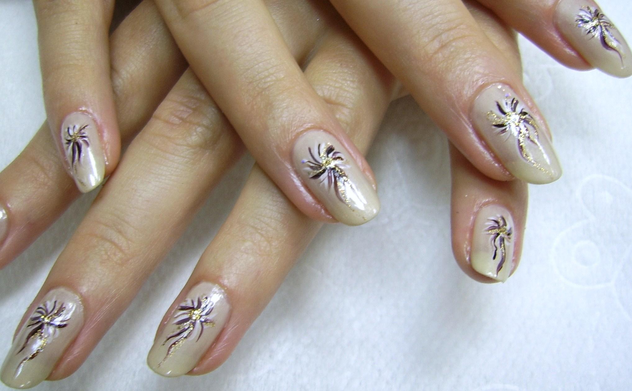 Дизайн ногтей с моро фото